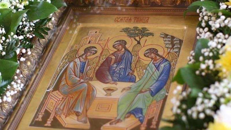 Когда отмечаются православные праздники Пасха, Родительский день и Троица в 2021 году