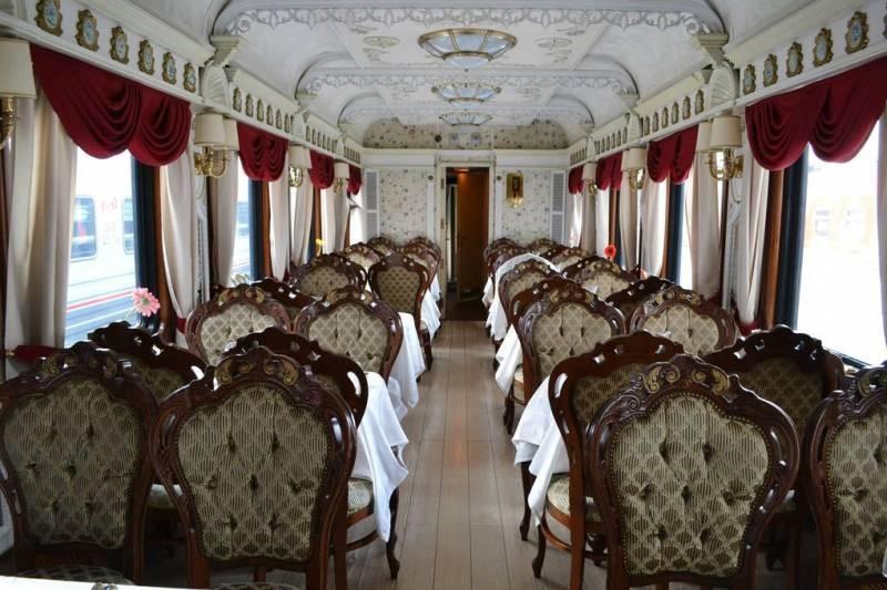 Теперь стало возможно окунуться в императорскую атмосферу, путешествуя на поезде Москва-Владивосток