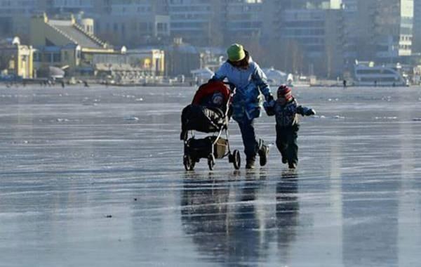 Стали известны сроки перечисления новых выплат на детей от Путина