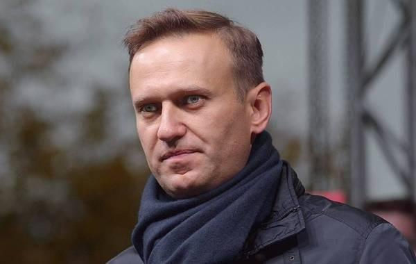 Суд принял иск Навального к Пескову из-за слов о работе с ЦРУ