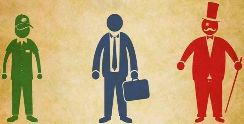 Эксперты выяснили, с чем связанно падение доходов «среднего класса» в России