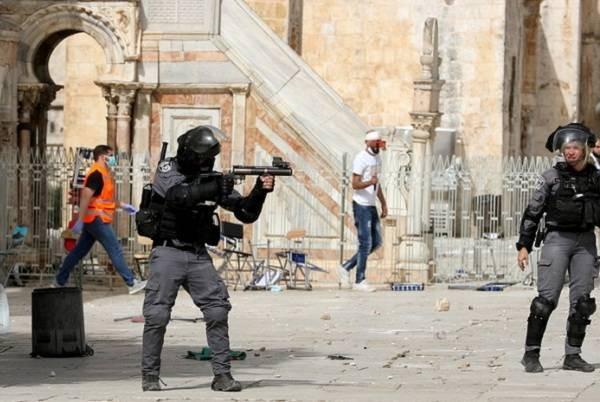Израильтяне стали наносить ответные удары по объектам ХАМАС 10 мая 2021 года