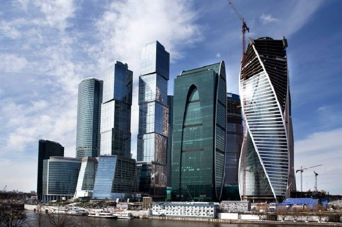 Поклонники увидели, как выглядит шикарный дом Стаса Михайлова