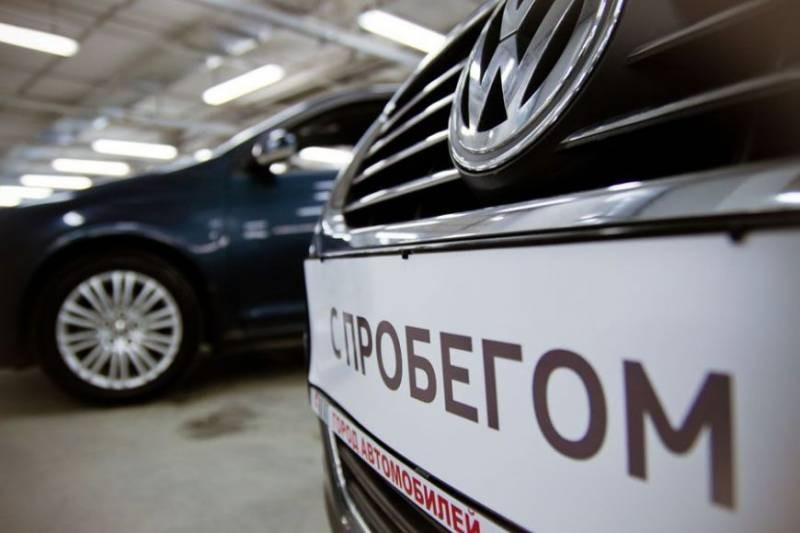 Какие есть причины, по которым продают дешево новые автомобили с небольшим побегом
