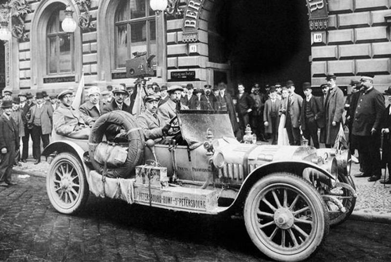 Парад автомобилей ретро состоится в Санкт-Петербурге 22 мая 2021 года