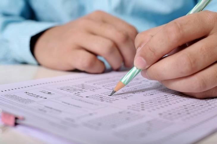 ОГЭ и ЕГЭ в 2022 году может стать обязательным, вернется прежний порядок сдачи экзаменов