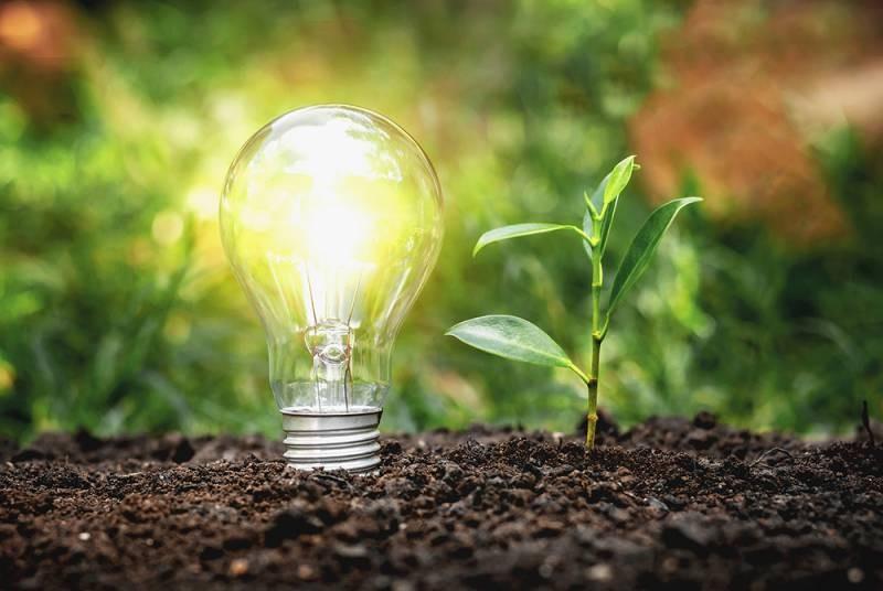 Энергия атома, нефти и угля уступает место энергии солнца, воды и ветра