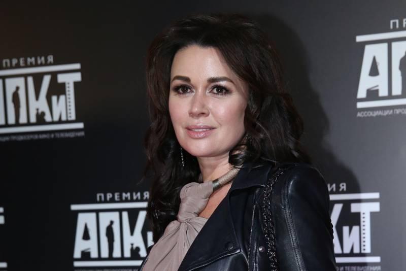 В каком состоянии находится актриса Анастасия Заворотнюк