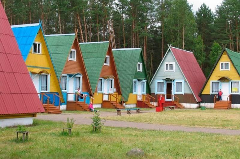 Россиянам возместят до 50% стоимости путевок в детские лагеря в 2021 году