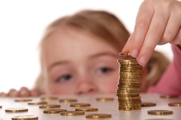 Почему детям не следует выдавать карманные деньги