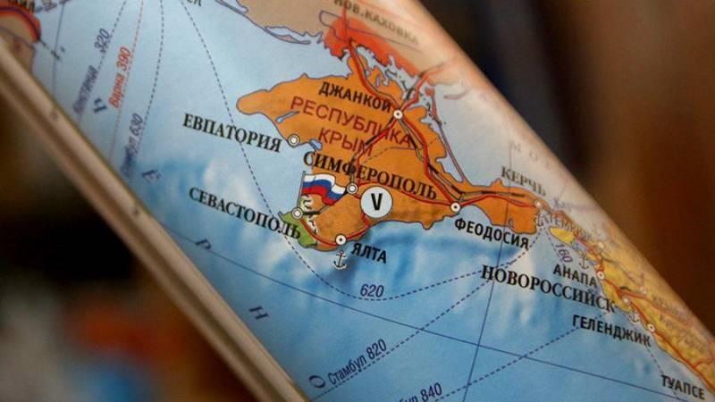 Украина попыталась обязать крымчан платить налоги