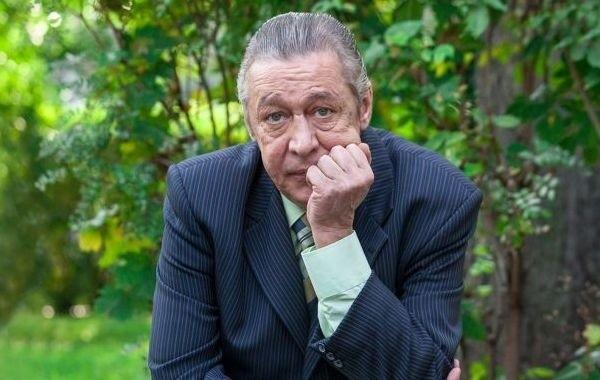 Экс-адвокат Ефремова заявил, что актер серьезно болен