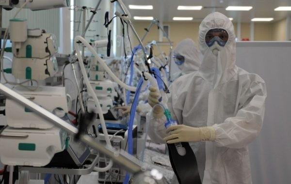 Повторные случаи коронавируса в Москве фиксируются даже после прививки