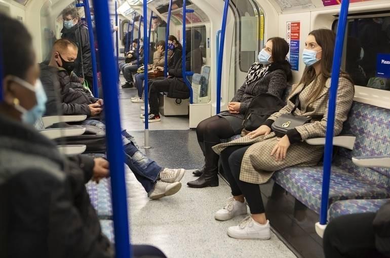 В Подмосковье хотят разрешить использование общественного транспорта по QR-коду