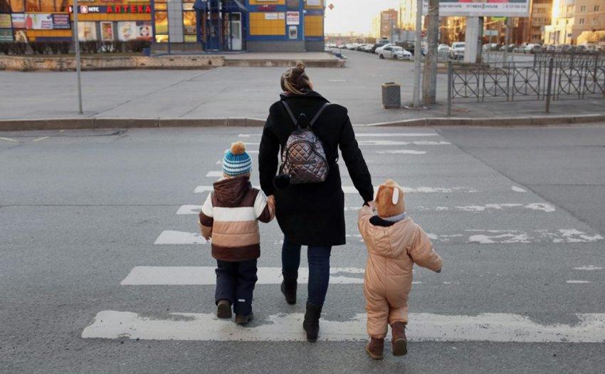 Как получить пособие по уходу за ребенком в возрасте до 3 лет