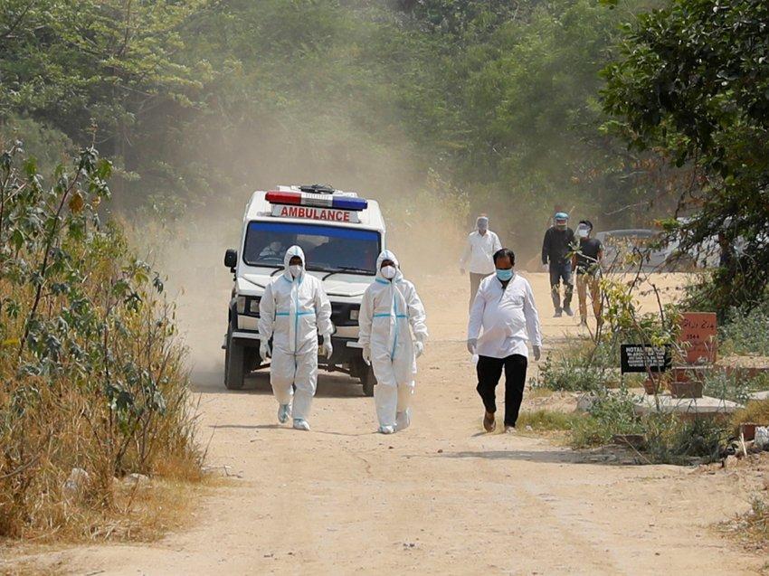 SARS-CoV2 по-индийски: Роспотребнадзор назвал свойственные симптомы индийского штамма коронавируса