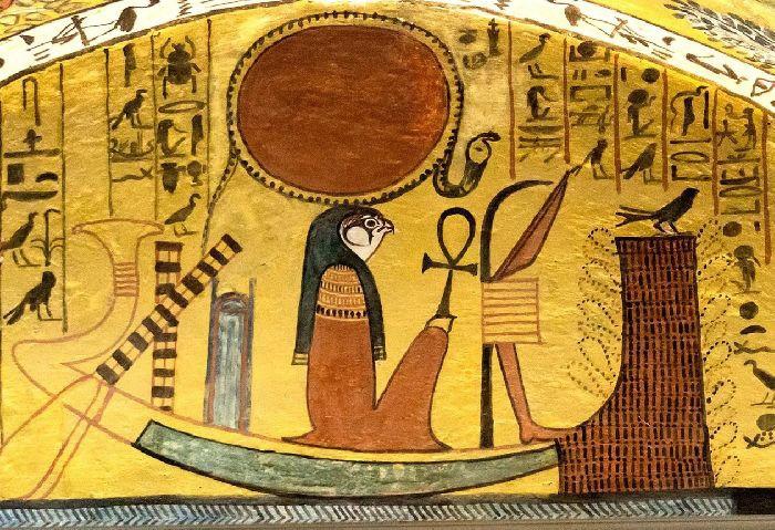 Кто и зачем отбивал носы древним статуям