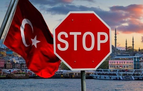 Турцию могут закрыть для российских туристов из-за вспышки коронавируса