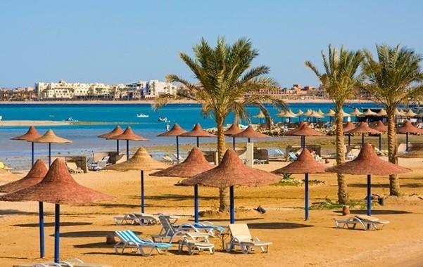 Россиянам пообещали возвращение чартеров на курорты Египта