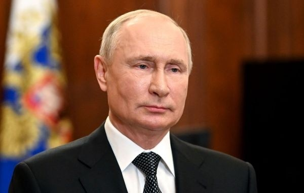 Путин подписал указ о выплате пенсионерам по 10 тысяч рублей