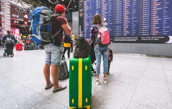 Турция ограничила прием туристов из России, вакцинированных от коронавируса