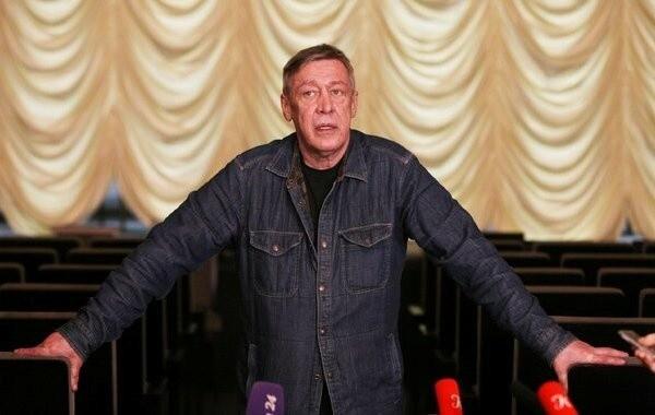 Самочувствие актера Михаила Ефремова вызывает вопросы