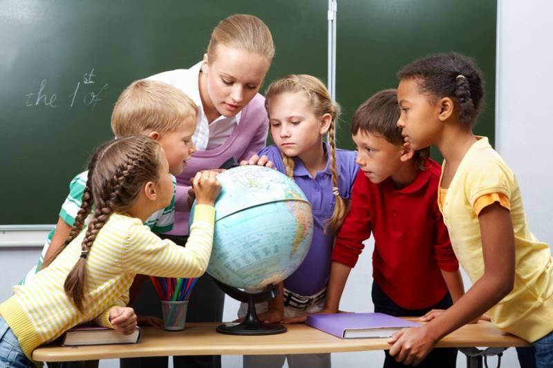 Будет ли выходной на День учителя в 2021 году, и как отметят праздник в российских школах