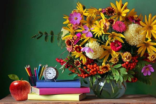 Можно ли дарить деньги педагогам по закону на День учителя