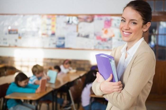 День учителя в России считается одним из самых уважаемых праздников