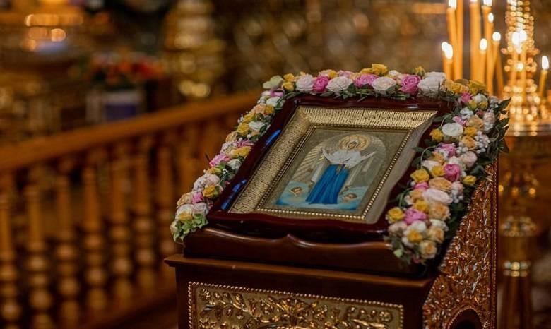 Праздник Покрова Пресвятой Богородицы отмечают 14 октября 2021 года