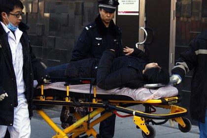 В Китае полиция застрелила сбивавшего прохожих водителя