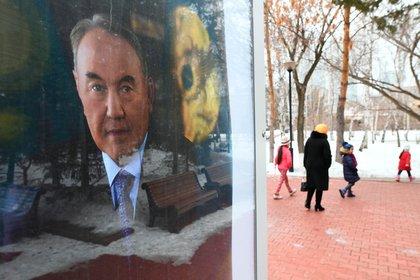 Власти Казахстана признали негатив из-за переименования Астаны
