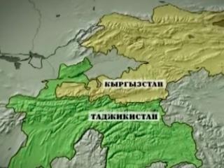 В селе Максат на таджикско-кыргызской границе снова начались столкновения