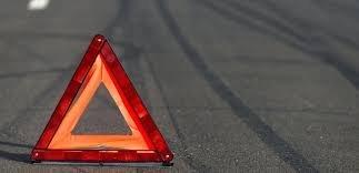 В Бишкеке водитель автомобиля Honda Fit совершил наезд на двух пешеходов