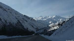 В Джалал-Абадской области семь машин застряли на перевале