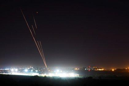 Израиль и Палестина договорились о прекращении огня