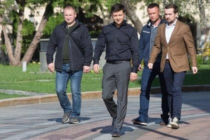 Команда Зеленского объяснила опубликованный проект указа о роспуске Рады