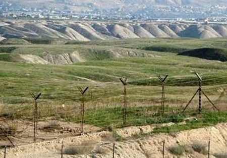 На границе Кыргызстана с Узбекистаном произошел инцидент с применением оружия